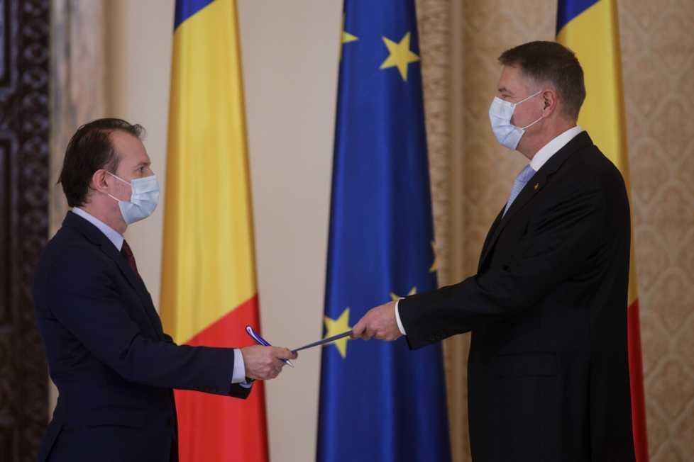 România lui Iohannis s-a împrumutat în 2020 circa 14 miliarde de euro. Datoria externă totală a României a ajuns la aproape 120 MILIARDE DE EURO