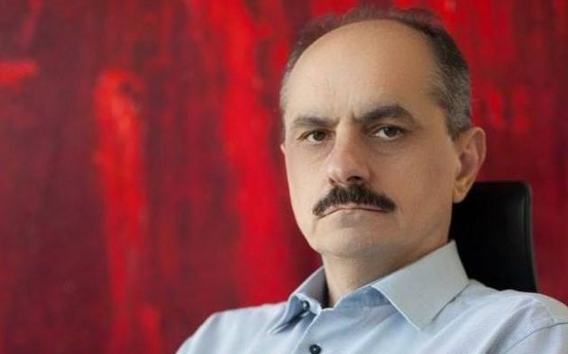 Prof.dr. Păunescu avertizează asupra pericolului dezvoltării manipulării genetice, care poate duce la dispariția speciilor.