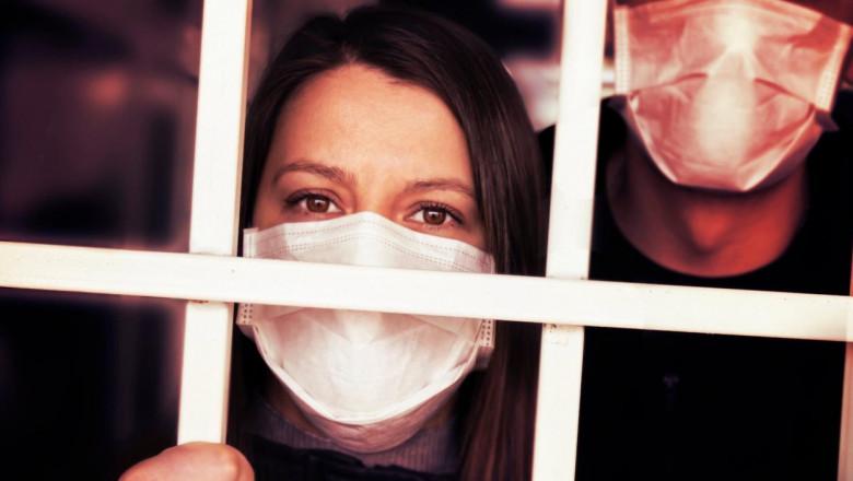 Virusul nu a fost izolat. Tu ai fost izolat! Ne-au furat un an din viață. Nu credeți ca ajunge?!