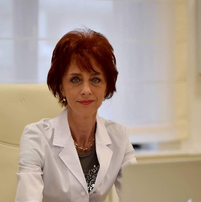 """Dr. Flavia Groșan: """"Au blocat un antibiotic care AR FI DISTRUS COVIDUL! Cum a fost făcut un vaccin în 3 luni și la ăsta nu-i dau voie?"""""""
