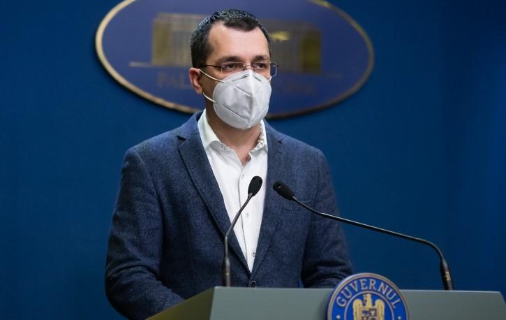 Ministrul Sănătăţii Vlad Voiculescu  ÎNGROZEȘTE România: Medicii nu vor mai răspunde pentru malpraxis