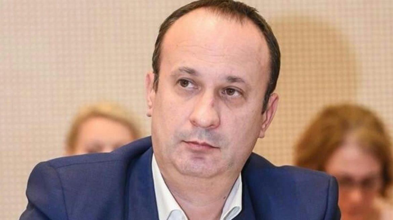 Adrian Câciu:E război pe buzunarul oamenilor. Credite scumpe, mâncare scumpă, energie scumpă
