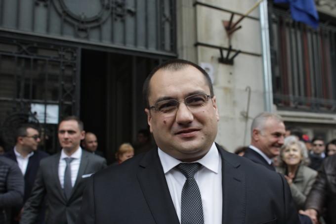 Cristian Terhes -Ce trebuie să facă următorul guvern al României?Orice guvern trebuie să guverneze pentru români și România, nu contra lor!