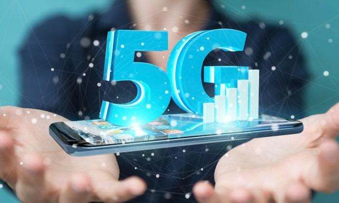 """5G Phonegate""""Cu toții suntem supraexpusi, cu toții suntem înșelați, cu toții suntem puși în pericol de telefoanele noastre mobile""""."""