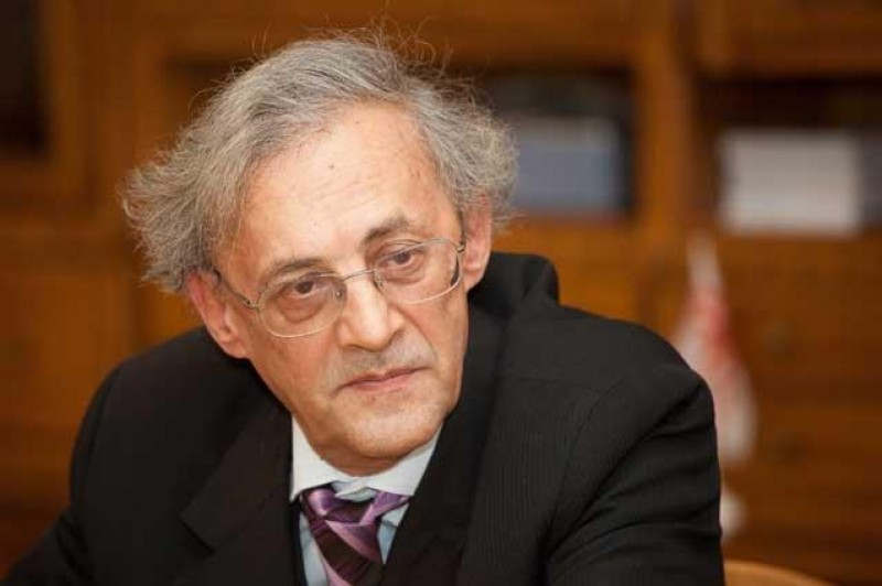 Medicul Vasile Astărăstoae despre criza sănătății publice