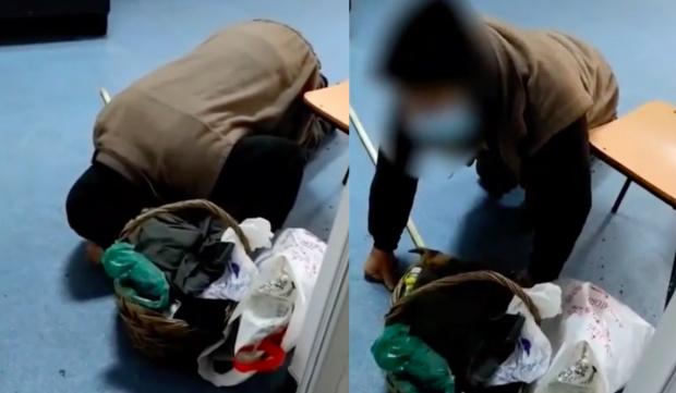 Pe holul spitalului din Corabia un bătrân plânge și se roagă în genunchi să fie consultat de medici
