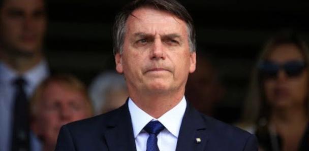Președintele Braziliei critică restricțiile Covid și le cere guvernatorilor să nu se mai plângă