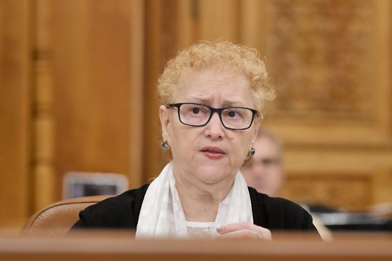 Renate Weber: Revocarea mea a fost un mare abuz. Au încălcat tot ce se putea
