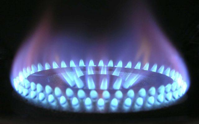 Spania plafonează preţurile la gaze, scade taxele şi redirecţionează profiturile pentru reducerea facturilor la energie