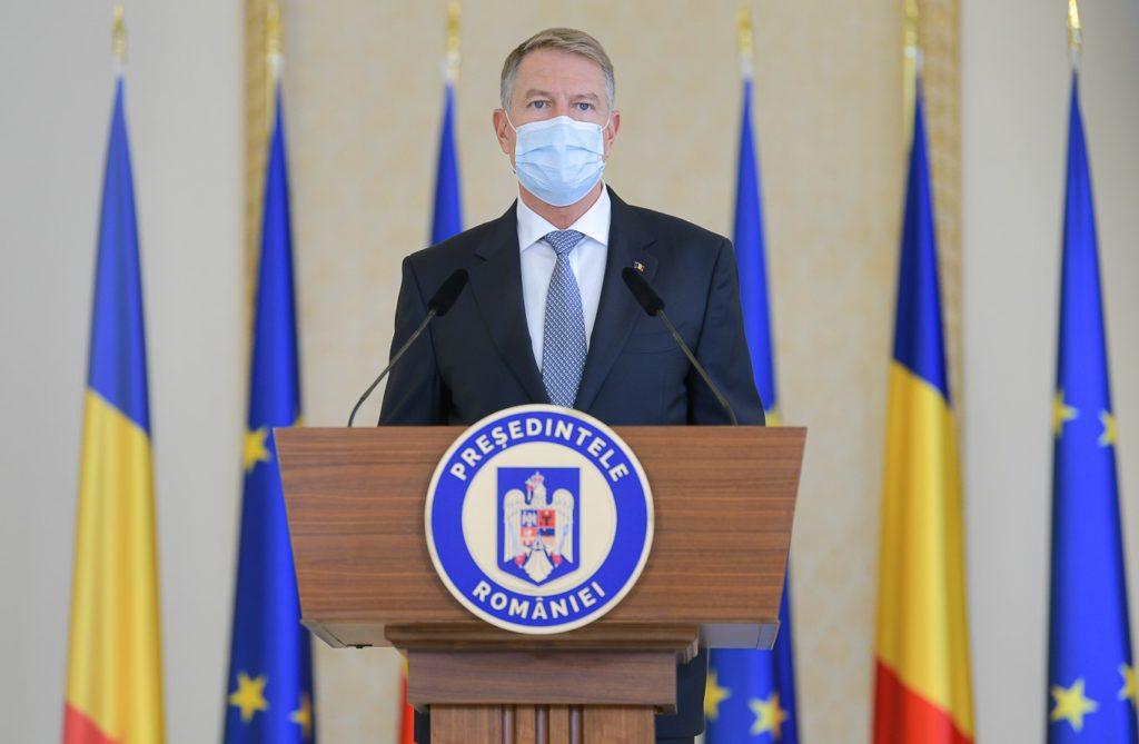 """Adrian Năstase:Iohannis a avut """"guvernul său"""", dar a avut (are) si """"epidemia sa"""". Va avea oare si """"suspendarea sa""""?"""